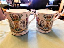 PAIR VINTAGE BOVEY TRACEY GILDED MUGS SILVER JUBILEE 1935 DAWLISH GEORGE V
